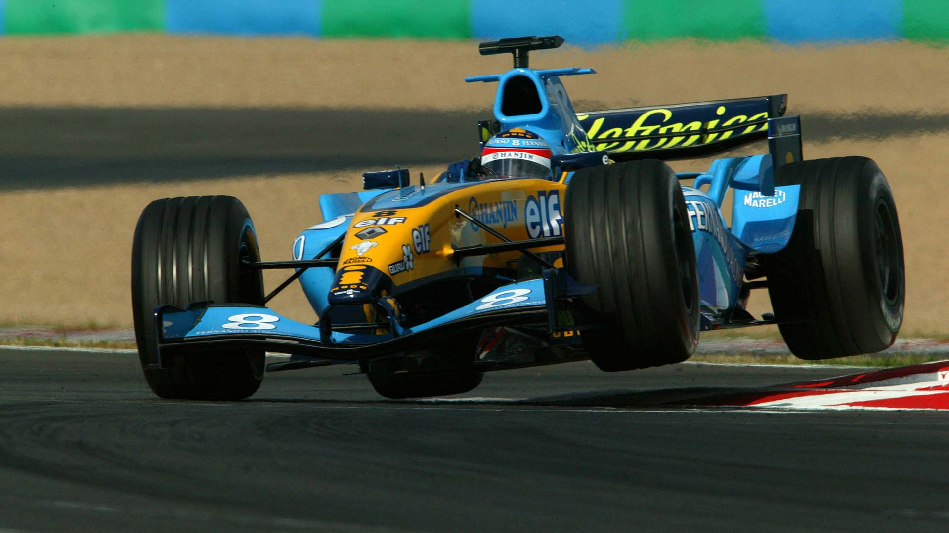 2004 Renault R24 driven by Fernando Alonso,