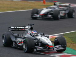 Kimi Raikkonen, McLaren MP4-17D, Mercedes Japanese F1 GP (2003)