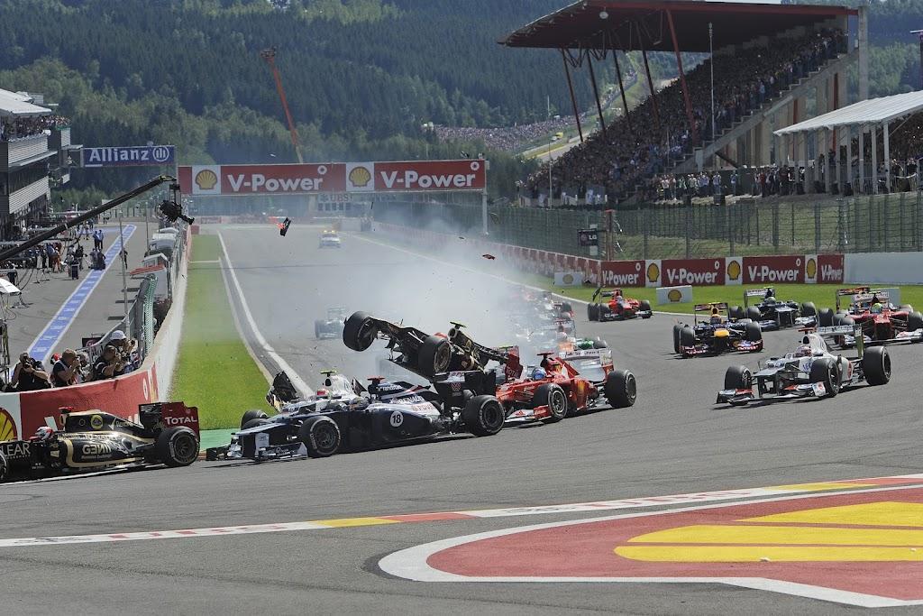 http://www.f1-fansite.com/wp-content/uploads/2012/09/F1-Fansite.com-HD-Wallpaper-2012-Belgium-F1-GP_11.jpg