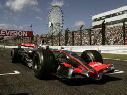 Kimi Raikkonen driving his McLaren MP4-21 Mercedes in Japan (2006)