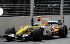 2008 Renault RS28 driven by Fernando Alonso who won in Singapore