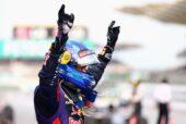 Sebastian Vettel wins in Malaysia