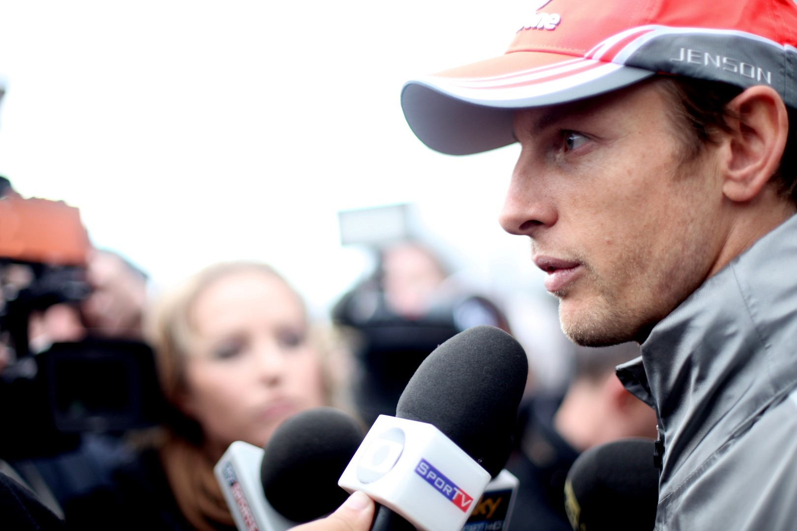 Button not committing to McLaren's Honda F1 future