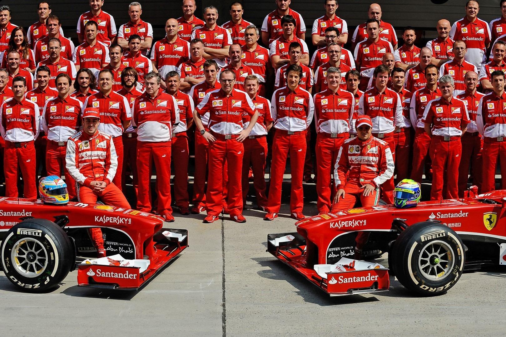 Alonso Wins 2013 Chinese Formula 1 Grand Prix Race F1