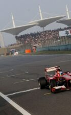 Fernando Alonso wins the 2013 Chinese F1 GP
