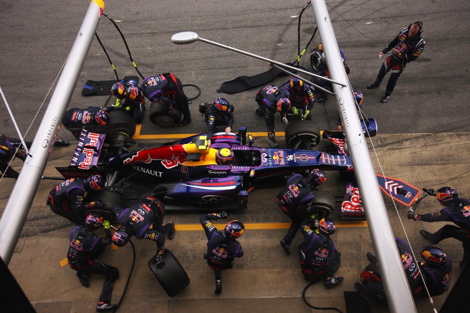 Horner: Refuelling return would not fix F1
