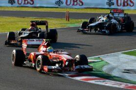 Massa (Ferrari) followed by Raikkonen (Lotus) and Perez (McLaren)