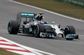Chinese F1 GP race report: Hamilton completes victory hat trick