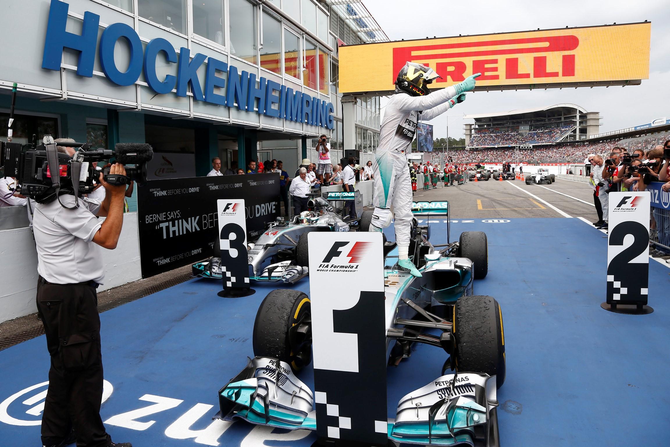 Rosberg wins his home grand prix at Hockenheim for Mercedes