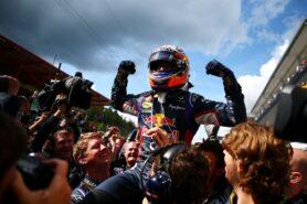 Daniel Ricciardo wins