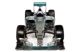 Mercedes W06 front