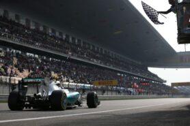 Lewis Hamilton wins the 2015 Chinese F1 grand prix
