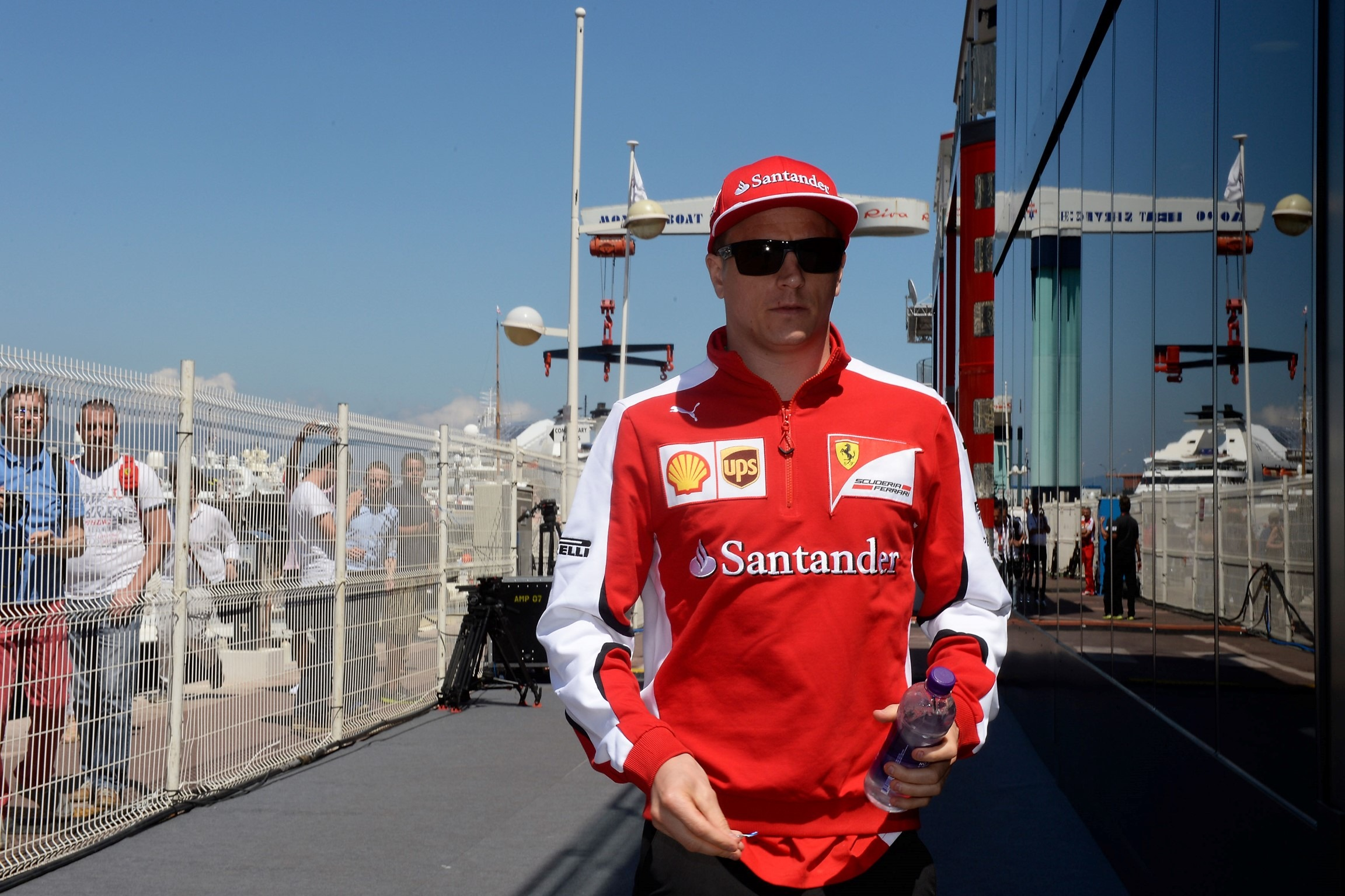Kimi Loses Cool Amid Pay Cut Reports F1 Fansite Com