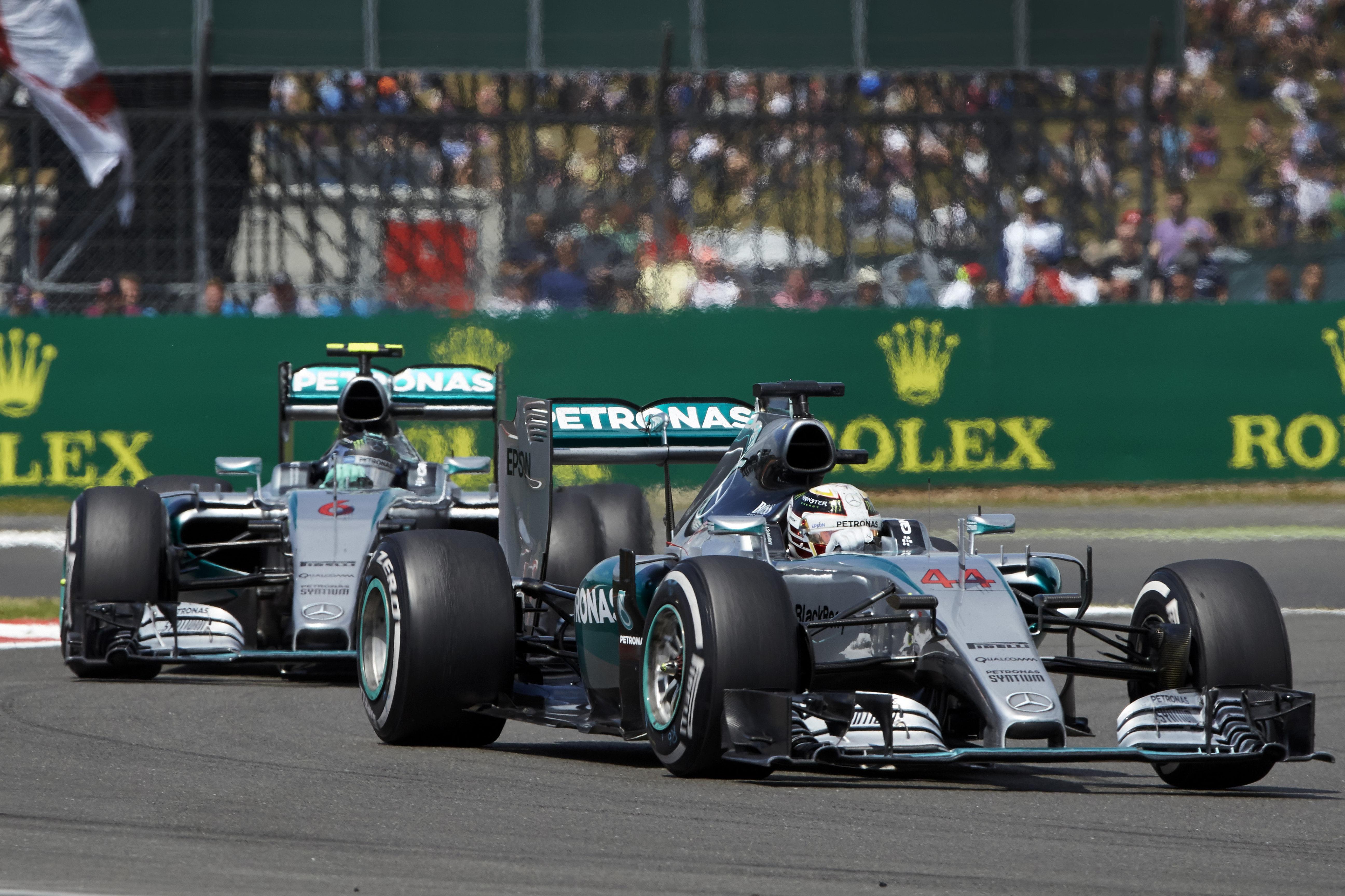 Hamilton VS Rosberg (Mercedes W06)