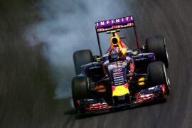 Daniil Kvyat crash Japanese GP 2015
