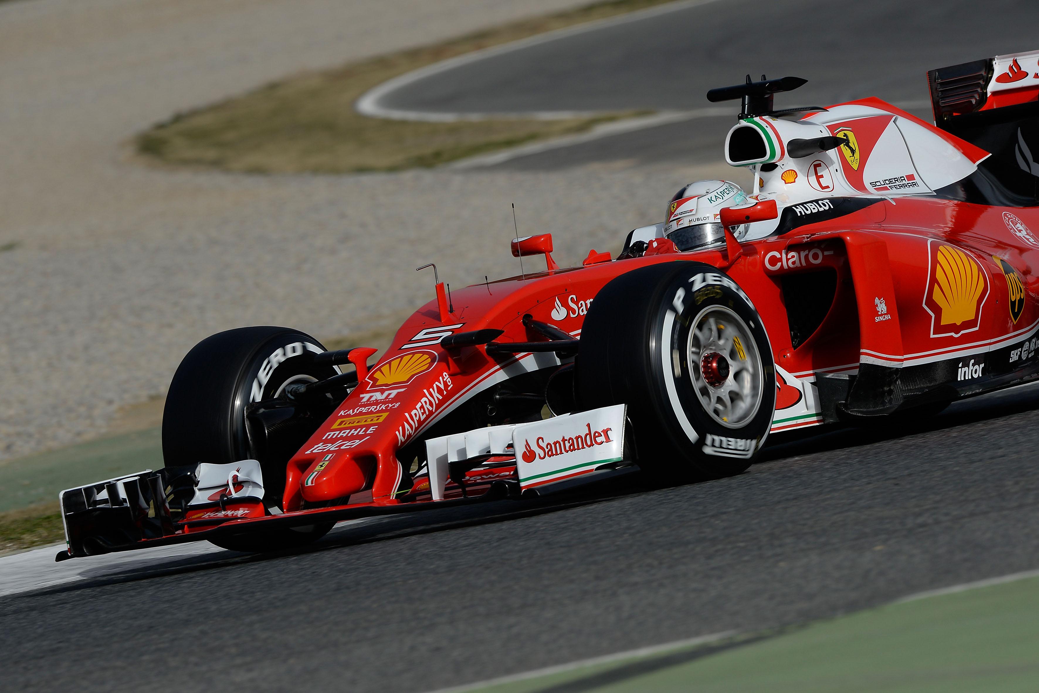 Sebastian Vettel driving the Ferrari SF16-H & Wallpaper pictures 1st 2016 Barcelona F1 test | F1-Fansite.com