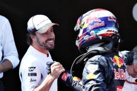 Alonso enjoys watching Verstappen in 'attack mode'