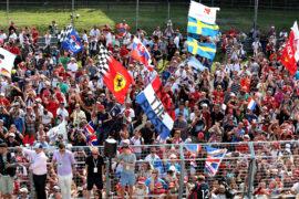 Sainz: Coronavirus 'ERTE' scheme 'imminent' in F1