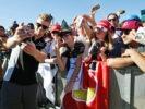 Nico Hulkenberg (GER) Sahara Force India F1 with fans. Belgian Grand Prix 2016.