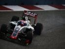 Romain Grosjean enters a corner at Singapore GP F1/2016
