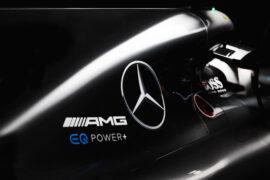 Mercedes W08 engine cover with Valtteri Bottas