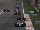 Bahrain International Circuit, Sakhir, Bahrain. Sunday 16 April 2017. Felipe Massa, Williams FW40 Mercedes, leads Kimi Raikkonen, Ferrari SF70H, and Daniel Ricciardo, Red Bull Racing RB13 TAG Heuer.