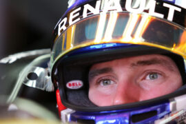 Sergey Sirotkin (RUS) Renault Sport F1 Team RS17 Third Driver. Spanish Grand Prix, Friday 12th May 2017. Barcelona, Spain.