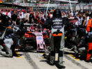 Sahara Force India F1 Team mechanics practice a pit stop. Russian Grand Prix, Sunday 30th April 2017. Sochi Autodrom, Sochi, Russia.