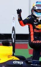 Race winner Daniel Ricciardo of Australia and Red Bull Racing celebrates his win in parc ferme during the Azerbaijan Formula One Grand Prix at Baku City Circuit on June 25, 2017 in Baku, Azerbaijan.