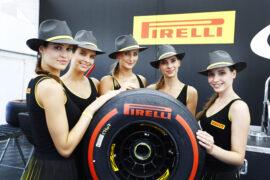 Pirelli pit girls Hungarian GP F1 2017