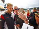 Kevin Magnussen Haas with fans British GP F1/2017