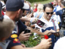 Red Bull Ring, Spielberg, Austria. Saturday 8 July 2017. Felipe Massa, Williams Martini Racing, signs autographs for fans.