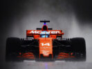 Spa Francorchamps, Belgium. Fernando Alonso, McLaren MCL32 Honda, kicks up spray as the rain falls in the latter stages of P2.