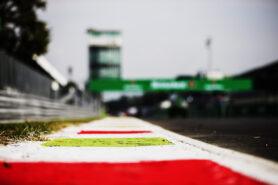 Alex Peroni F3 2019 crash at Monza