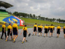 The Renault Sport F1 Team walk the circuit. Malaysian Grand Prix, Thursday 28th September 2017. Sepang, Kuala Lumpur, Malaysia.