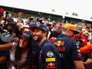 Daniel Ricciardo with fans at Monza Italian GP F1/2017