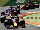 Daniel Ricciardo and others cars on track Monza Italian GP F1/2017