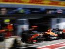 Autodromo Nazionale di Monza, Italy. Sunday 3 September 2017. Stoffel Vandoorne, McLaren MCL32 Honda, makes a pit stop.