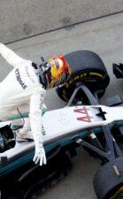 Formula One - Mercedes-AMG Petronas Motorsport, Japanese GP 2017. Lewis Hamilton