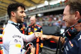 Daniel Ricciardo & Christian Horner Malaysian GP F1/2017