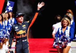 Max Verstappen Red Bull USGP F1/2017