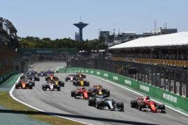 Start of the 2017 Brazilian GP at Interlagos