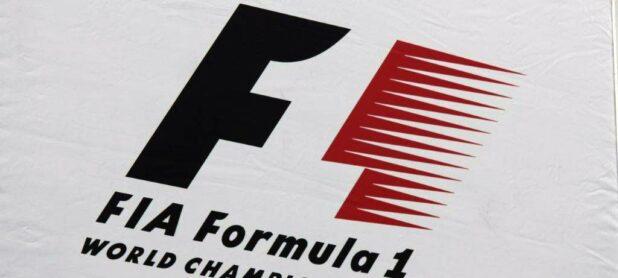 F1-logo-flag