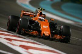 Yas Marina Circuit, Abu Dhabi, United Arab Emirates. Sunday 26 November 2017. Stoffel Vandoorne, McLaren MCL32 Honda.
