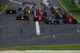 Cars on track Australian GP F1/2018