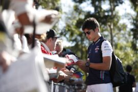 Albert Park, Melbourne, Australia. Wednesday 21 March 2018. Lance Stroll, Williams Racing, signs autographs for fans.