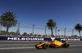 Albert Park, Melbourne, Australia. Friday 23 March 2018. Stoffel Vandoorne, McLaren MCL33 Renault.