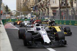 Baku City Circuit, Baku, Azerbaijan. Sunday 29 April 2018. Lance Stroll, Williams FW41 Mercedes, leads Nico Hulkenberg, Renault Sport F1 Team R.S. 18.