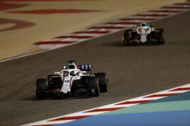 Bahrain International Circuit, Sakhir, Bahrain Sunday 8 April 2018. Lance Stroll, Williams FW41 Mercedes, leads Sergey Sirotkin, Williams FW41 Mercedes.