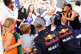 Max Verstappen & Daniel Ricciardo Red Bull fans Bahrain GP F1/2018